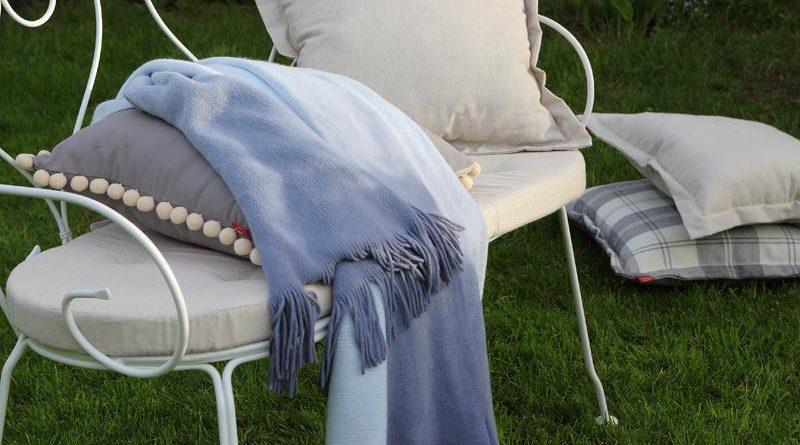 Летние вдохновение садовой столовой с брендом Dekoria