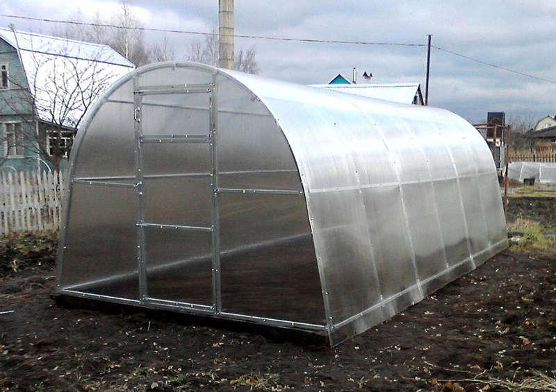 Подготовка теплицы из поликарбоната к зиме осенью